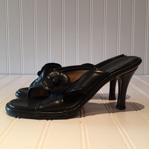 Auth. Vintage Chanel Camilla Black Heels sz 8